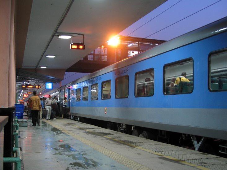 New Shatabdi Express train from New Delhi to Chandigarh starts