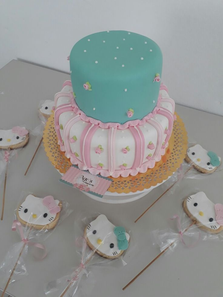 Torta shabby chic con cookies de kitty