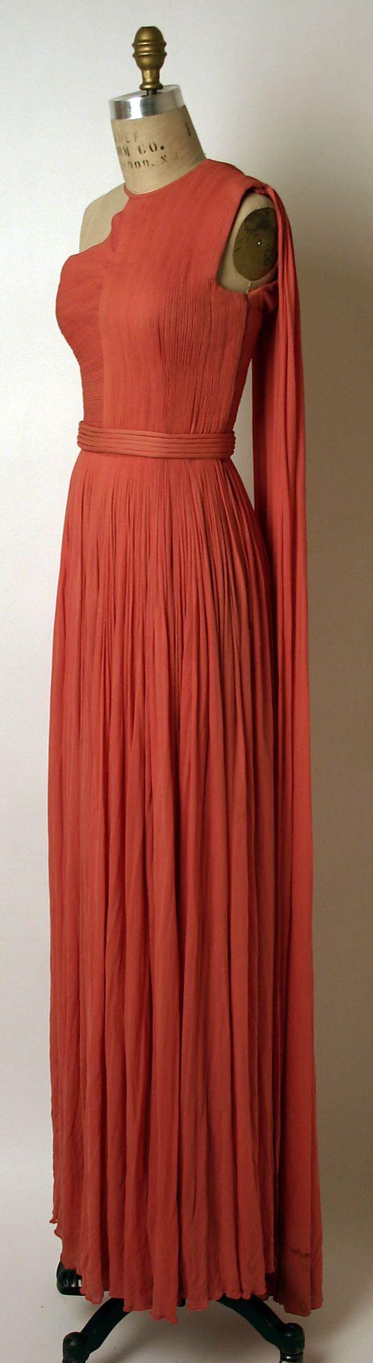 Dress Madame Grès (Alix Barton)  (French, Paris 1903–1993 Var region)   Date: ca. 1967 Culture: French Medium: a,b) silk. Sideway
