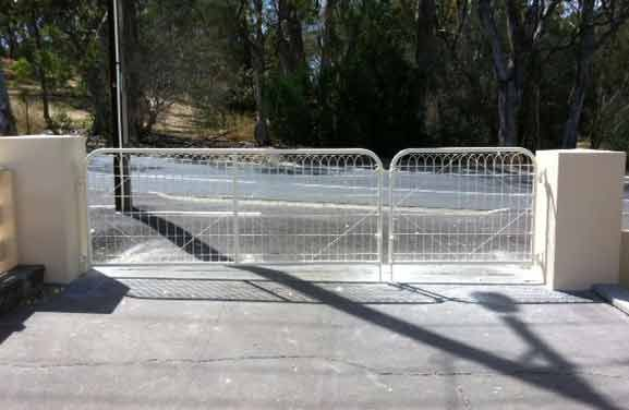 Plain wire mesh gate with emu wire insert, Rowland Flat, Barossa Valley, SA