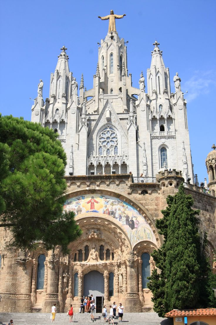What to visit in Barcelona? The Tibidabo made of 2 temples - a lower older one and an upper newer one!