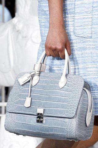 Louis Vuitton: Louisvuitton, Fashion Week, Design Handbags, St. Louis, Louis Vuitton Handbags, Louis Vuitton Bags, Louise Vuitton, Lv Handbags, While