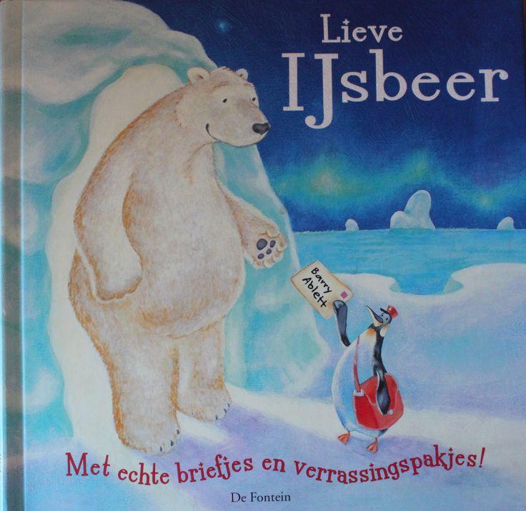 De ijsbeer voelt zich eenzaam en wil graag zijn vrienden op bezoek vragen. Maar die wonen allemaal zo ver weg.Ze sturen allemaal hele leuke verassingen en aan het eind een nog grotere verassing. Erg luek boek met blz die je uit kunt klappen.
