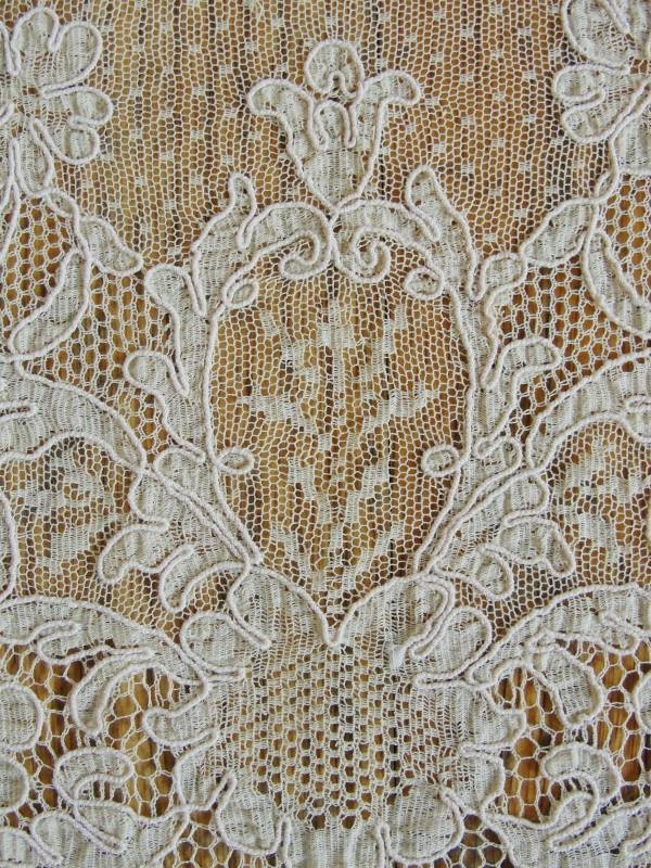 Lovely French Net Alencon Lace Tablecloth Antique C1900 By Vintageblessings  On Ruby Lane, Machine Lace