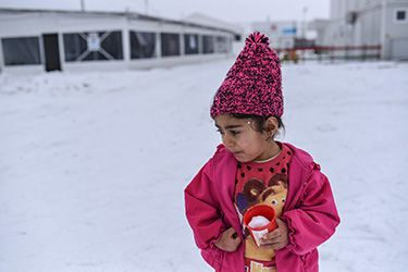 #Media #Oligarchs #MegaBanks vs #Union #Occupy #BLM #Humanity  Young refugee and migrant children at risk as extreme cold weather grips much of Europe – UNICEF   https://www.unicef.org/ceecis/media_30325.html   With no sign of a let-up in the extreme cold weather and storms sweeping Central, Eastern and Southern Europe, refugee and migrant children are threatened by respiratory and other serious illnesses -- and even death from hypothermia, UNICEF said today.  In Greece and the Balkans, an…
