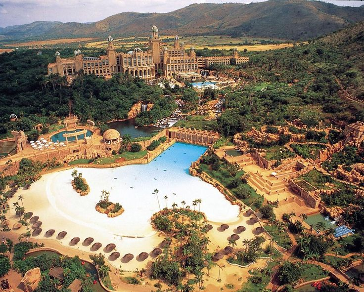 If this picture doesn't make you want to visit Sun City, South Africa – we don't know what will!