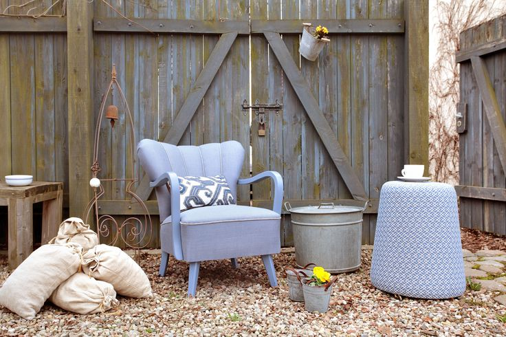 Piu armchair and Puff - blue love in the old farmhouse