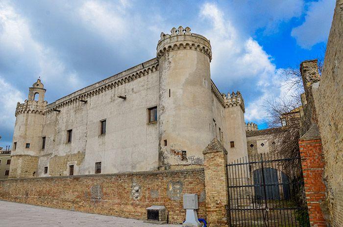 Castello di Serracapriola - Italia