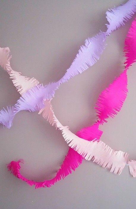 1000 id es sur le th me artisanat en papier cr pon sur pinterest fleurs en papier cr pon. Black Bedroom Furniture Sets. Home Design Ideas