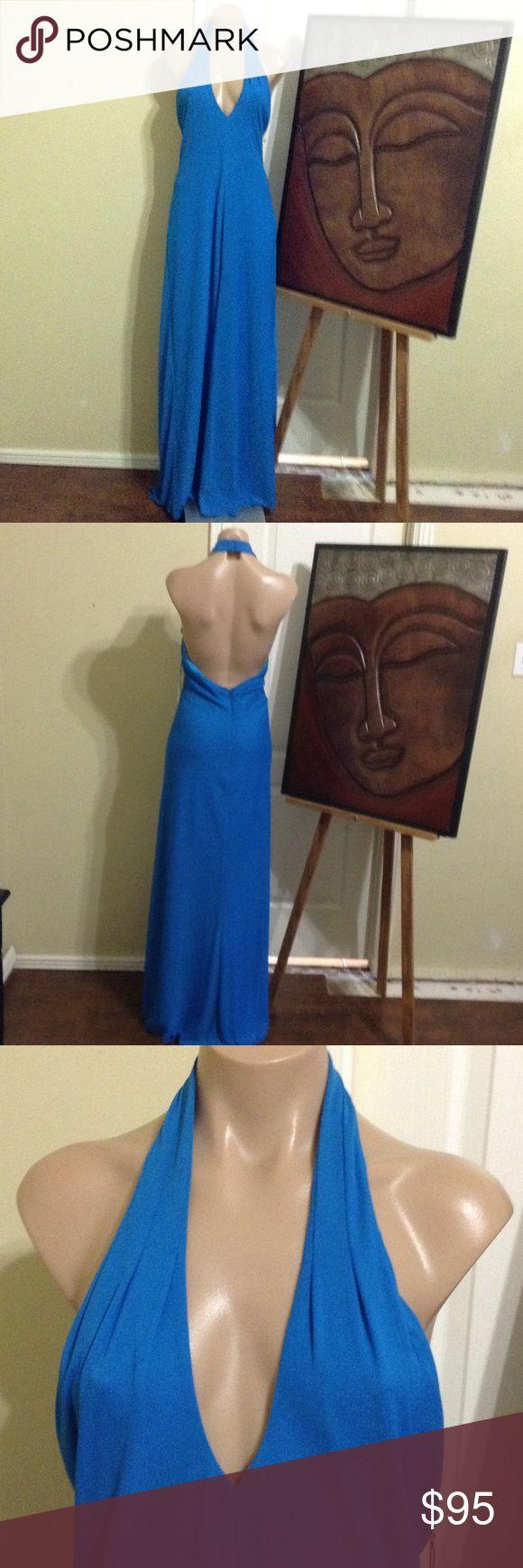Kay unger New York aqua long dress nwt $395.00 Kay unger New York Aqua long dress, size 10, polyester, nwt $395.00,halter,length 55-59 Kay Unger Dresses