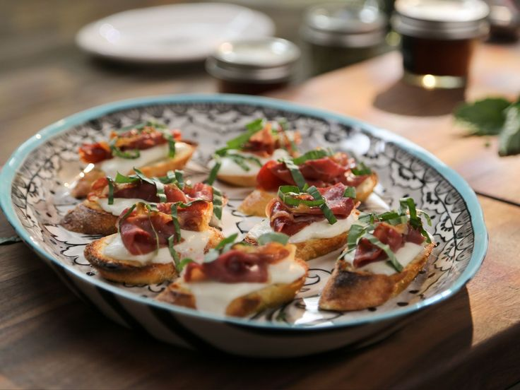 Prosciutto Bruschetta : Valerie's twist on a quintessential Italian appetizer takes just 15 minutes to make and is perfect for any occasion.