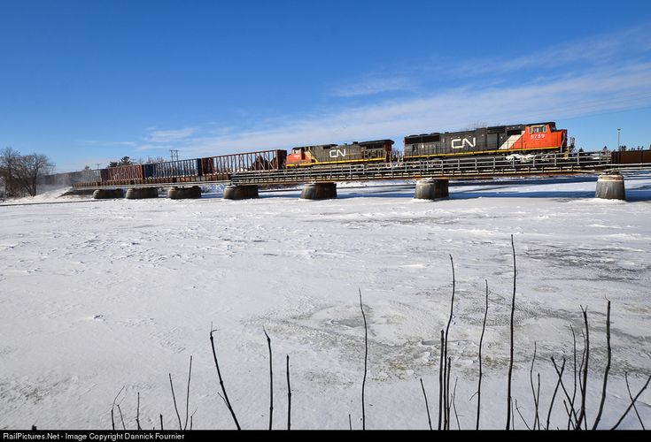 RailPictures.Net Photo: CN 5789 Canadian National Railway EMD SD75I at Montmagny, Quebec, Canada by Dannick Fournier