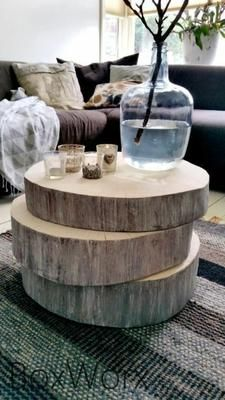 Decora con bancos y troncos de madera natural | Decoración