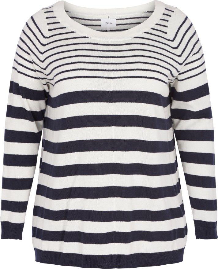 Strikket genser med striper fra Zizzi. Denne genseren har striper, rund hals og lange ermer. Den er laget av 100 % bomull. Style den med et par Zizzi-jeans for en elegant hverdagslook.