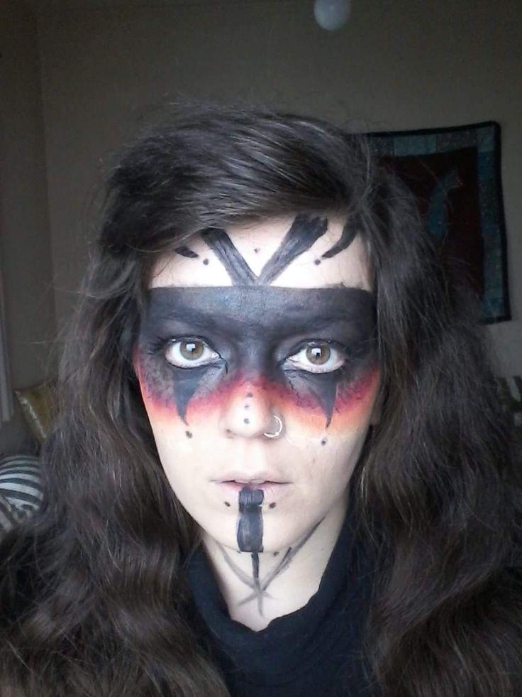 Mascaret amazon girl face paint