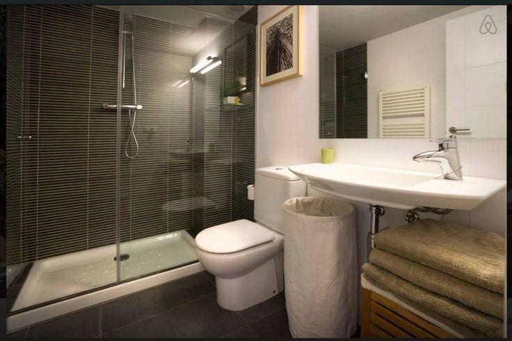 Échale un vistazo a este increíble alojamiento de Airbnb: Fantástico ático duplex - Apartamentos en alquiler en Banyoles: tiempo en banyoles, aticos y duplex en venta en banyoles