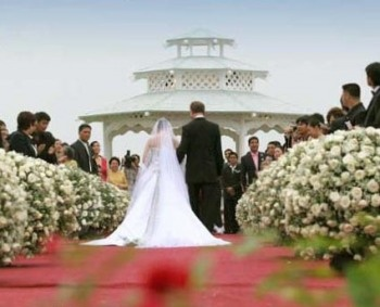 Getting married is one of the most special and romantic experience in your life. But planning a perfect wedding is not as easy as it sounds. So here are some answers to a few of your frequently asked wedding questions that will help lighten your load.
