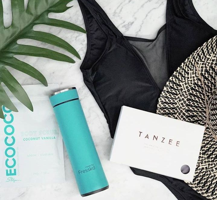 Tanzee the ORIGINAL fake tan sheet protector. Wake up with the perfect tan and clean sheets ☁️ REGISTERED PATENT