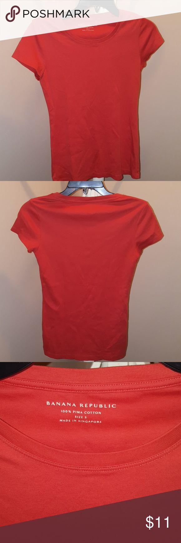 Banana Republic Orange T-shirt Banana Republic Orange T-shirt 100% Pima Cotton Banana Republic Tops Tees - Short Sleeve