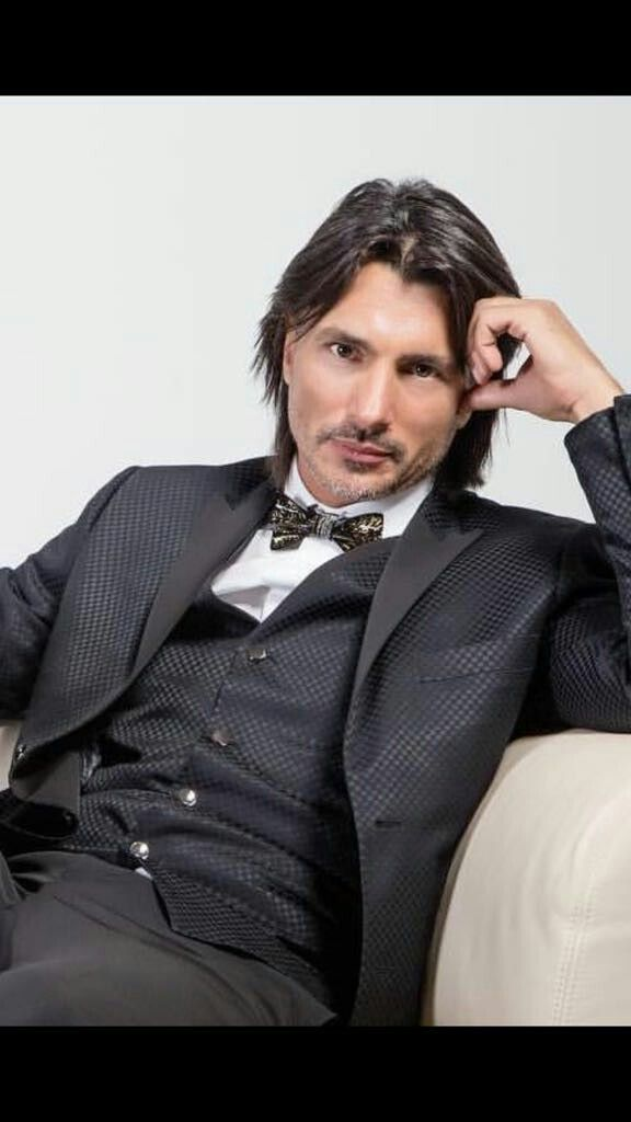 Luxury style...gentleman BowTie time