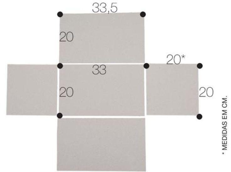 Corte cinco pedaços de papel holler nas medidas (em cm) acima. Unindo as partes com cola, reforçada por fita crepe, monte a caixa.