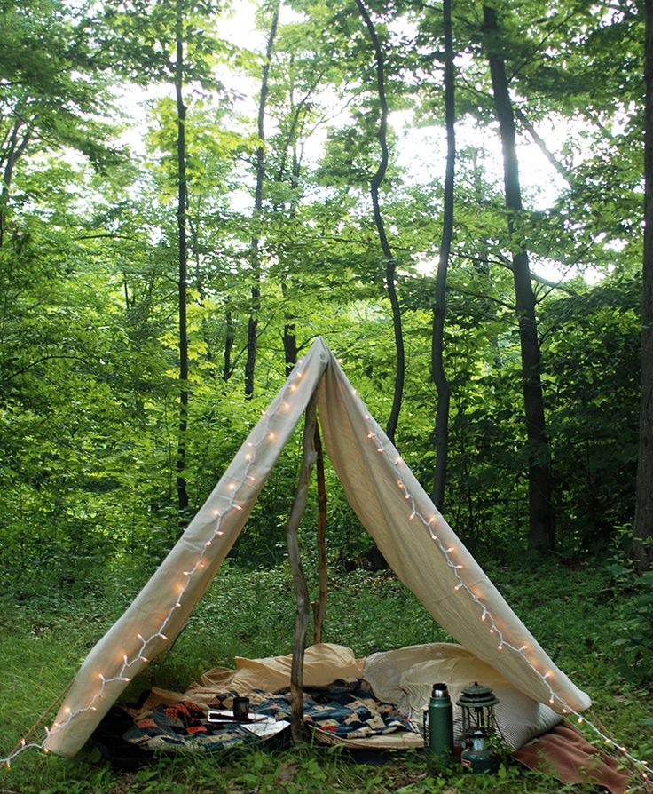 Who's up for camping in the backyard? @themerrythought made a #DIY Canvas Tent. /ES