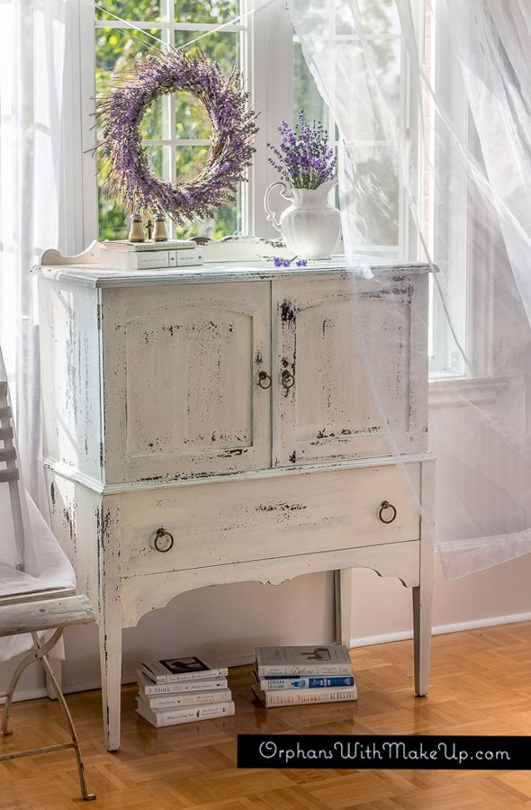 I LOVE WHEN IT CHIPS....! — Orphans With MakeUp (Miss Mustard Seed Milk Paint in Linen)