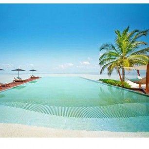 "Name: ""Amazing Maldives"" Location: Lux* Maldives Beach Resort Read more at http://websta.me/n/1worldtraveler#xPBEFGiTQuwcgWeL.99"