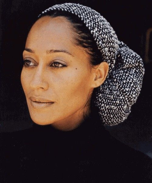 Headwraps for protective styles for black natural hair.. I am having fun with headwraps. I have a huge style crush on Tracee