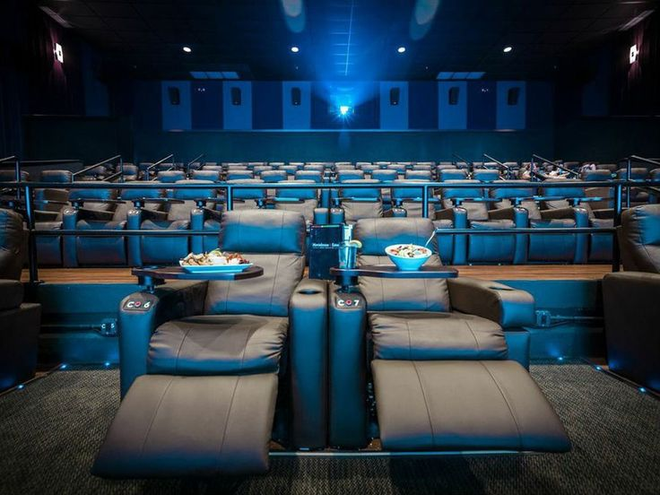 Buy Movie Tickets Online - Michigan - Buying the wrong discount movie ticket can be avoided with a little homework. Always visit Movieplenty.com first to get fresh opinions and read the latest blog post regarding the movie business.
