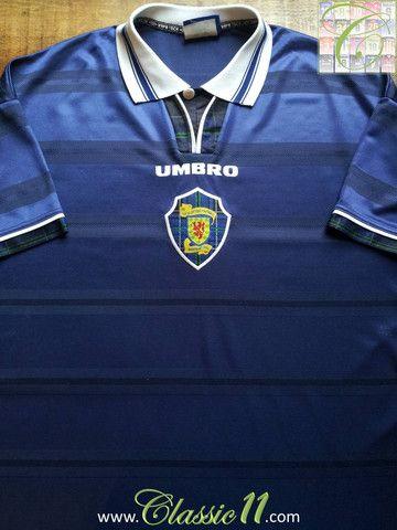 Relive Scotland s 1998 1999 international season with this vintage Umbro  home football shirt. Camisas De FutebolJogadores ... dd8c328a027ca