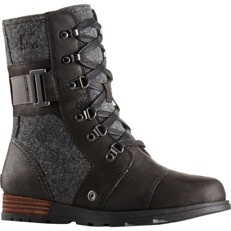 From coffee to cocktails, the Sorel Major Carly Boot readily adapts to whatever the urban adventure may be. These edgy, military inspired brogans have steampunk allusions with a hint of minimalist-chic. Built with a supportive, molded EVA insole, luxurious canvas lining, and herringbone rubber outer sole, these boots were made for walking.
