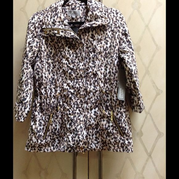 Lightweight Leopard Rain Jacket Very cute rain jacket with gold zippers. Nodding enclosed in collar. JM Collections Jackets & Coats