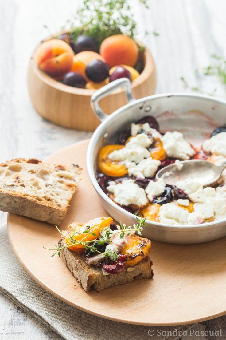 Abricots & Cerises rôtis au Thym et à la Ricotta
