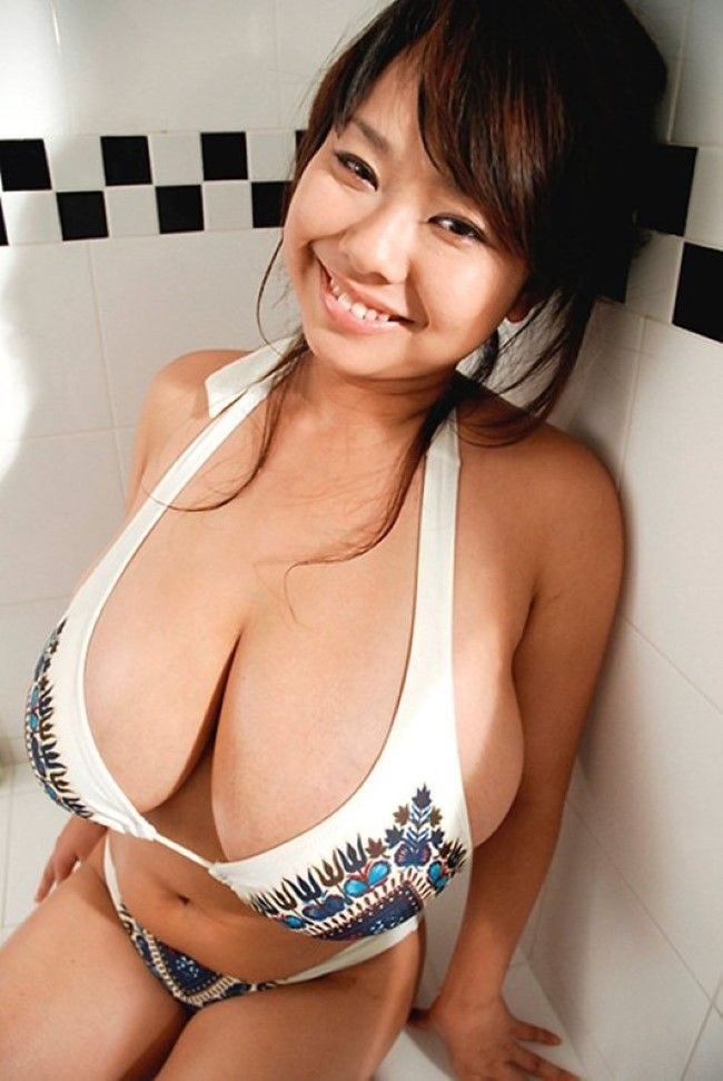 Fuko-Bustyasians12  Asian Girls With Large Breasts -5830