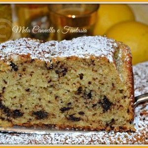 Plumcake soffice con ricotta e scaglie di cioccolato fondente (senza burro)