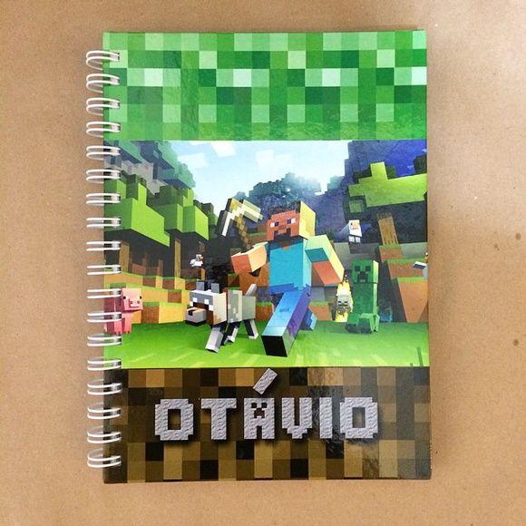 Caderno com capa dura personalizada, 100 folhas com linhas, 17,5x24cm.    Pode ser feito em qualquer tema, ou com fotos. R$ 45,00