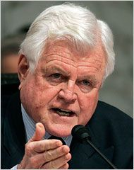 The Lion of the Senate. Edward (Ted) Kennedy. I miss him beng there. I always thought he could make people see reason. He was a good man.: Lion, Politics, Ted Kennedy, Celebrities People Classic, Amazing People, Deceit, Admire