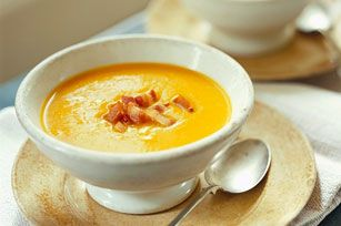 Searching for a cozy and comforting soup recipe? Our Butternut Squash Soup with Crispy Bacon to the rescue! This soup will definitely warm you heart and soul.