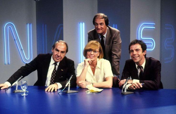 Babbelonië was een televisiequiz gepresenteerd door Pim Jacobs, die geassisteerd werd door KLM-stewardess Monique van Haasteren.Het programma werd vanaf 1981 tot 1985 tweewekelijks uitgezonden door de AVRO. Babbelonië was zeer populair: kijkcijfers van 7 miljoen in Nederland waren niet uitzonderlijk.