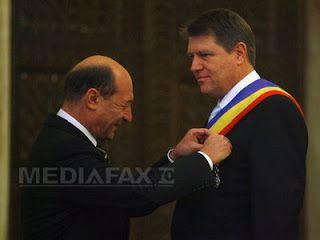 Filosofie şi literatură: Băsescu și Iohannis - spânii distructivi ai   prop...