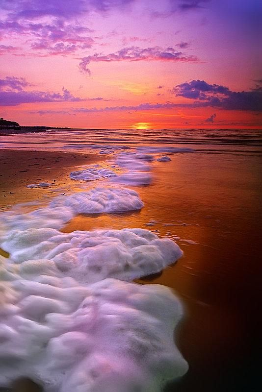 Clouds on the Beach #Beautiful #Places #Photography