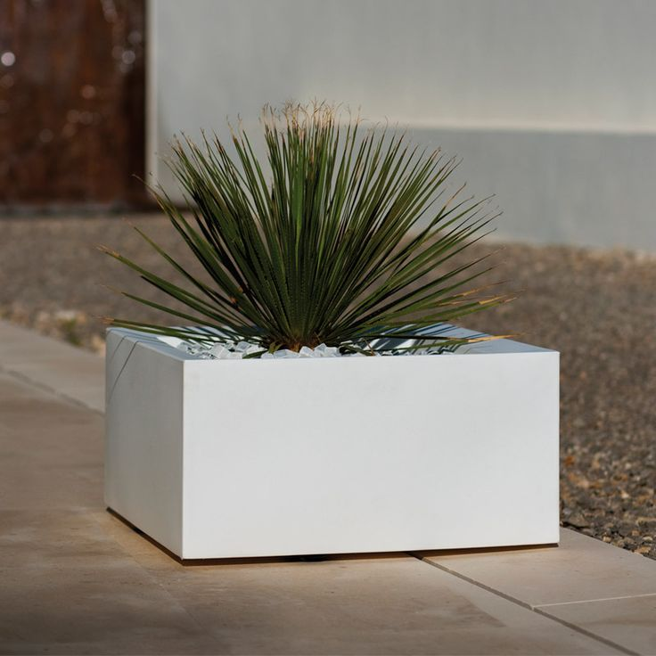 Land 120x120x30 By Maceteros Planters Vondom Products