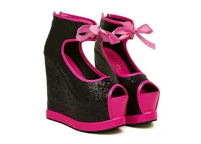 Hot pink and black wedge with bow! | *Shoes* | Pinterest | Hot