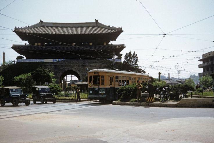 1953年のソウル市内を写した貴重なカラー写真