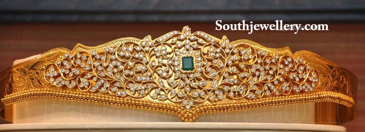 Stunning uncut diamond pachi work vaddanam studded with emerald at the center.