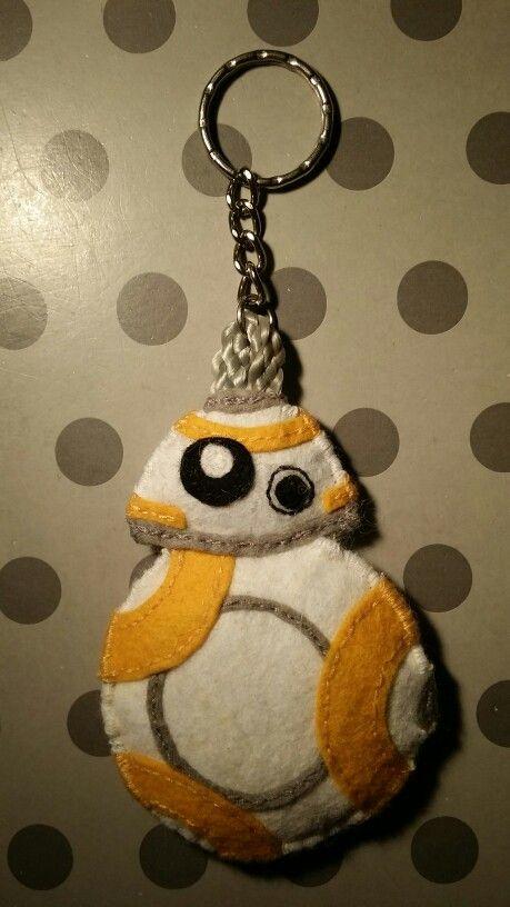 Felt BB-8 keychain, 100% sewn by hand