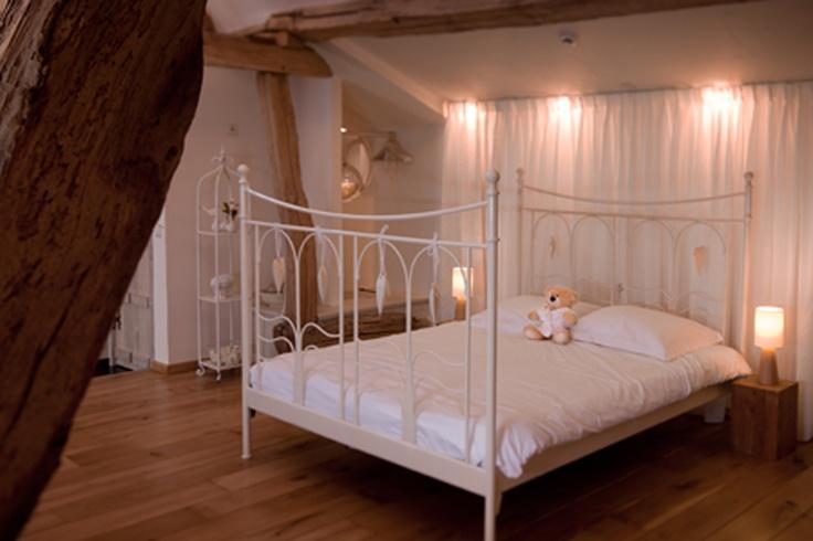 1000 idee n over romantische bedden op pinterest luifels bed lichten en doe het - Ruimte stijl louis philippe ...