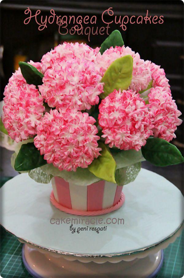 Hydrangea Cupcakes Bouquet