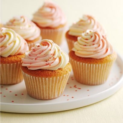 mary berrys vanilla cupcakes with swirly icing